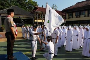 Penyerahan mandat tugas kepengurusan KKR Angkatan II ke Angkatan III