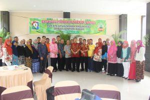 Foto Bersama Sekolah SBL dan Adiwiyata Kab Kuningan